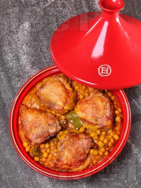 Марокански тажин с пиле и нахут - снимка на рецептата